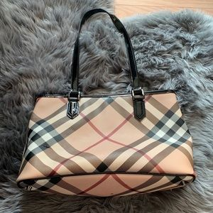 Burberry Tote Authentic
